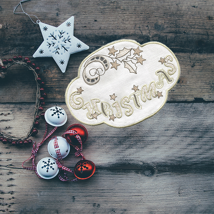WHITE CHRISTMAS DOILIES-15