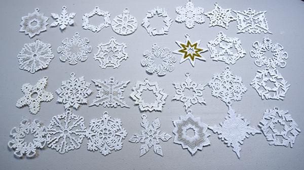 Falling-Snowflakes-45