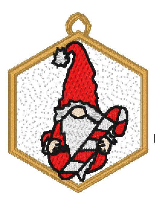 Santas-Gnomes-21