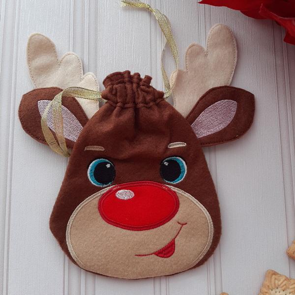 Reindeer Drawstring Bags-7