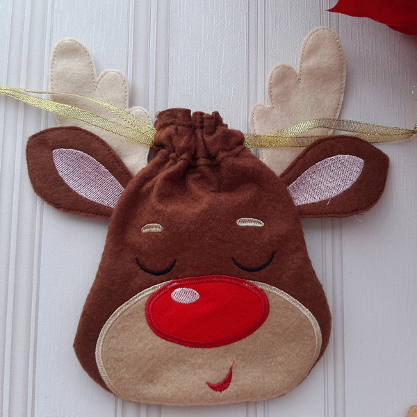 Reindeer Drawstring Bags-8
