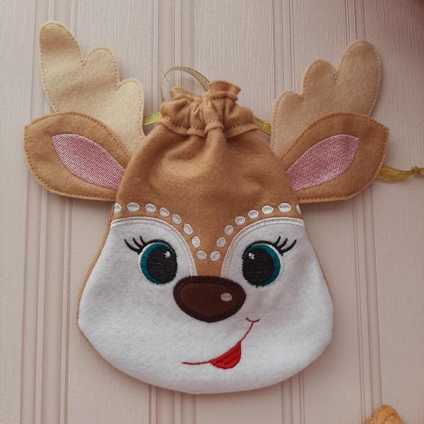 Reindeer Drawstring Bags-9