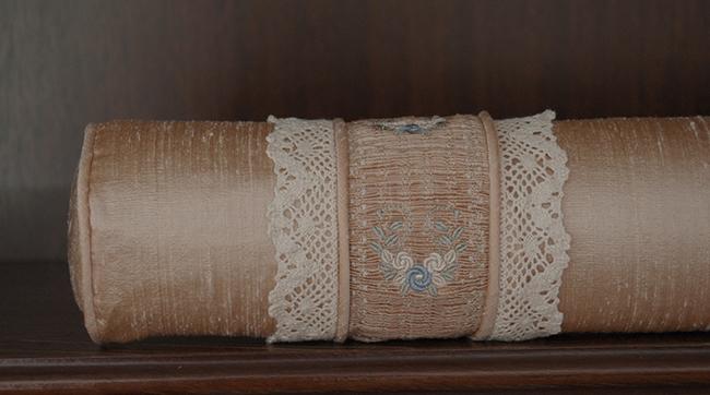 Graceful Tutorial 9 Smocked Bolster Cushion