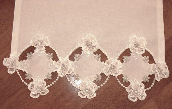 Marthas Wedding Lace Set