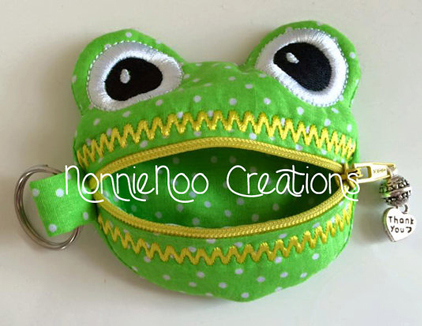 NNC ITH Zippered Frog Purse -3