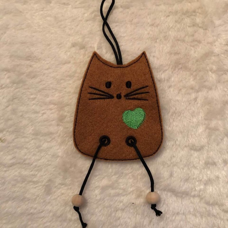 NNC ITH Cat Dangler-5