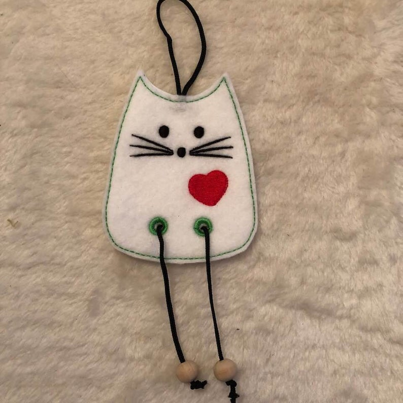 NNC ITH Cat Dangler-6
