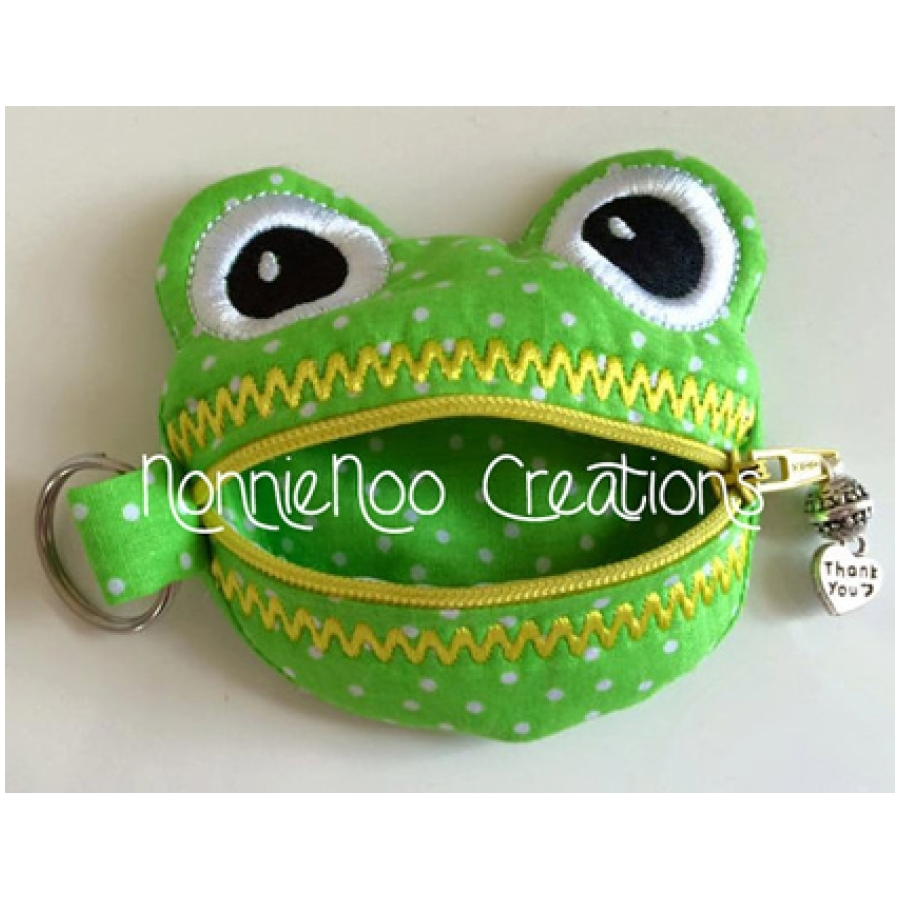 NNC ITH Zippered Frog Purse