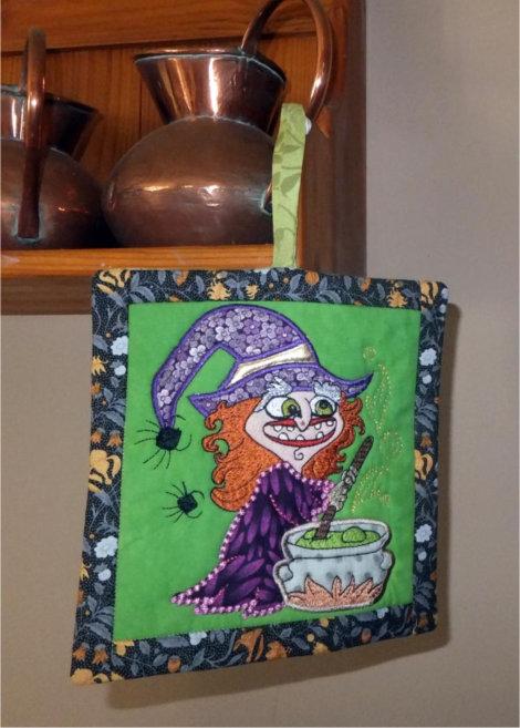 ITH Halloween Hex Potholder or Mugrug
