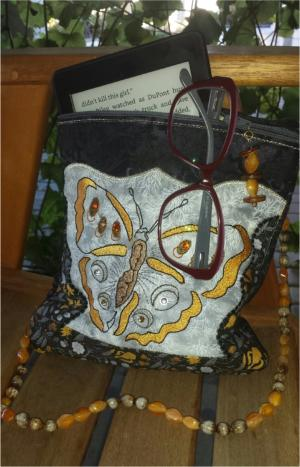 One Hooping Cross Over shoulder Bag