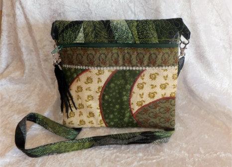 ITH Cross Body Saddle Bag