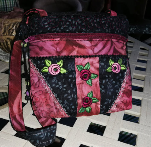ITH Double Zipper Compartment Rose Purse -5