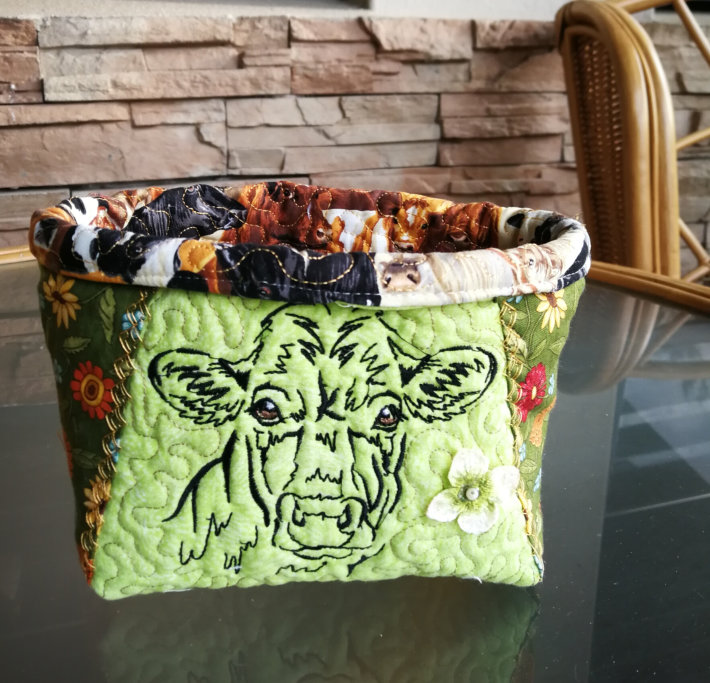 Country Life Cow Basket-4