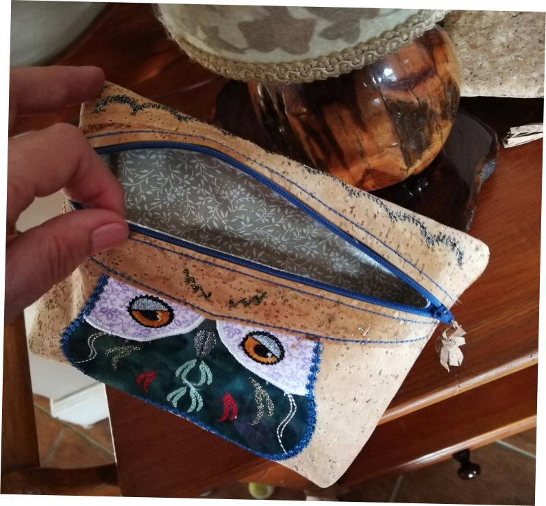 Cork Purse With Owl Applique-3