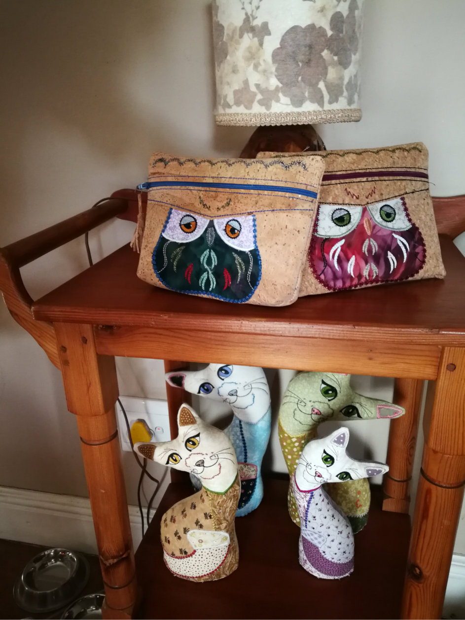Cork Purse With Owl Applique-6