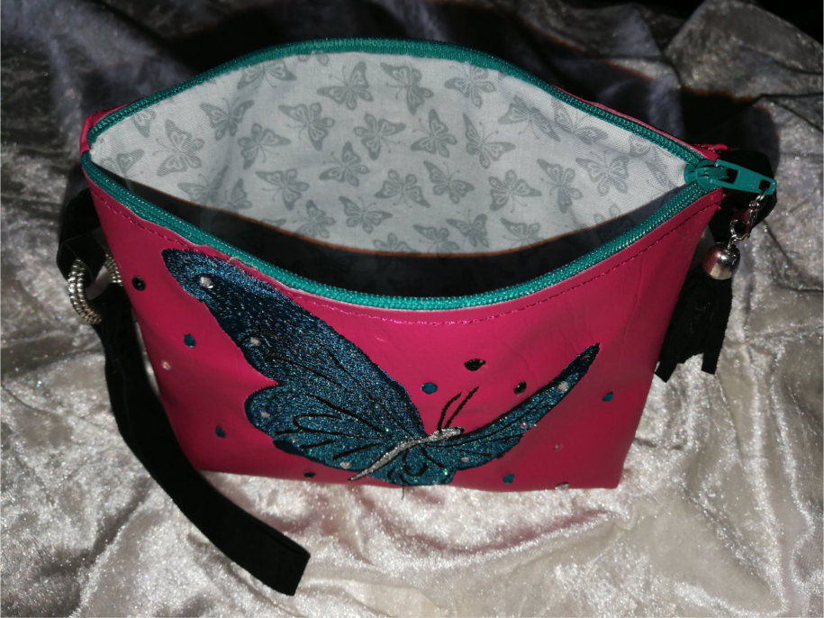 Top Zippered Vinyl Purse  with Butterfly-7
