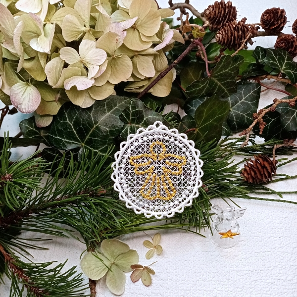 free-standing FSL lace christmas xmas holiday candlewicking angel gold