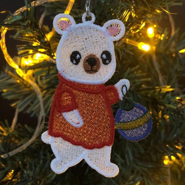 FSL Christmas Polar Bear-10