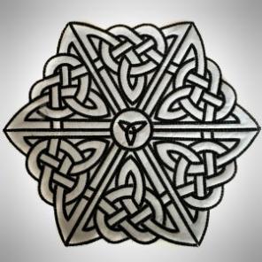 Large Celtic Topper