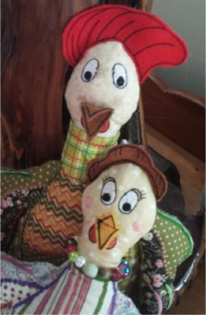 Hen & Rooster Shelf Sitters