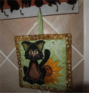ITH Kitty and Sunflower Potholder or Mug Rug