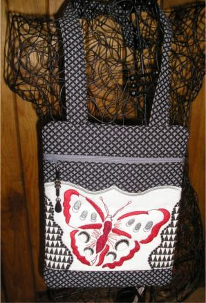 One Hooping Cross Over shoulder Bag