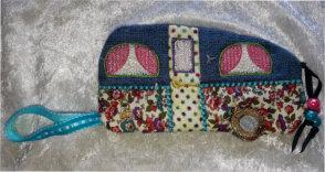ITH Campers Delight Zipper Purse