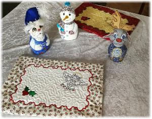 One Hooping Christmas Placemat 2