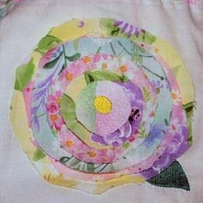 Ragged Rose Quilt Square