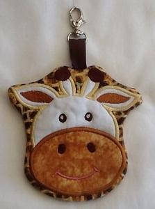 ITH Giraffe Zipper Purse