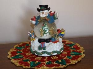 FSL Christmas Doily 5 x 7 inch