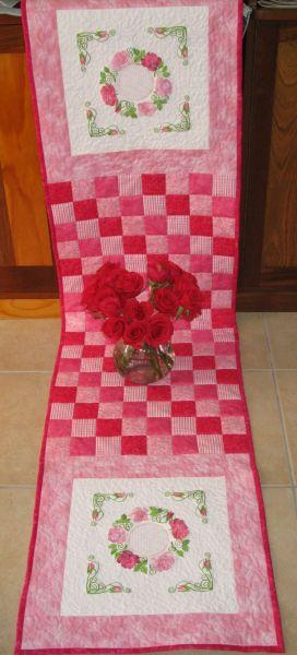 Aljay Mini Set 16 In the Pink with Quilted Throw -5