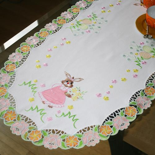 Table Runner Bunny for Easter