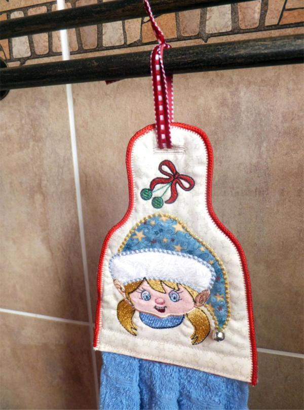 ITH Elf Boy & Girl Towel Topper